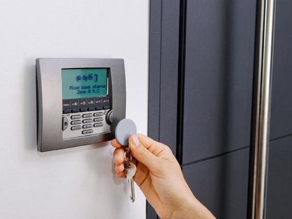 Antifurto casa reggio emilia installazione sistemi di - Sistema allarme casa migliore ...